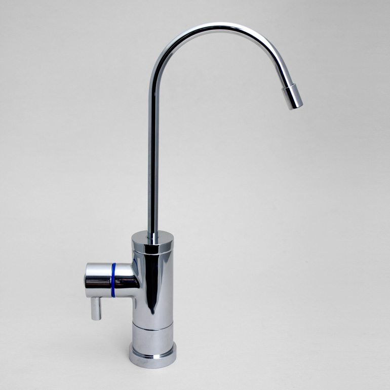 Tomlinson Contemporary Faucet, Polished Chrome – Pure